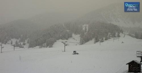 la neige arrive !!.jpg